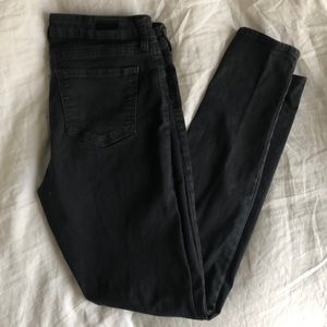 Kut from the Kloth dark grey Mia toothpick jean 8